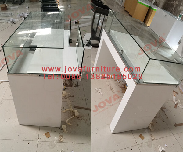 jewelry glass showcases