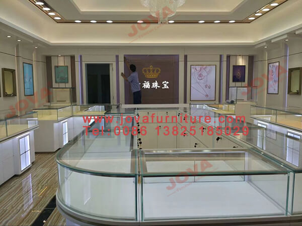 decorate jewelry shop