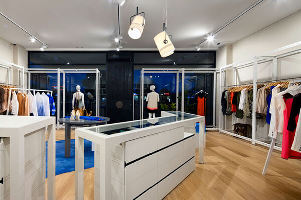 boutique clothing display ideas
