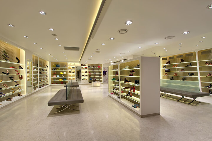 large shoe store interior design ideas