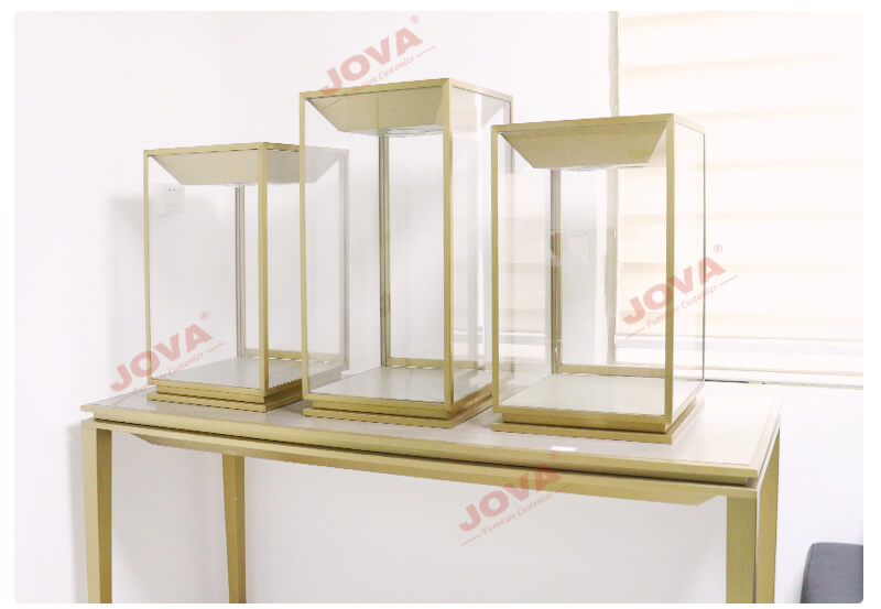 table top glass jewelry cases