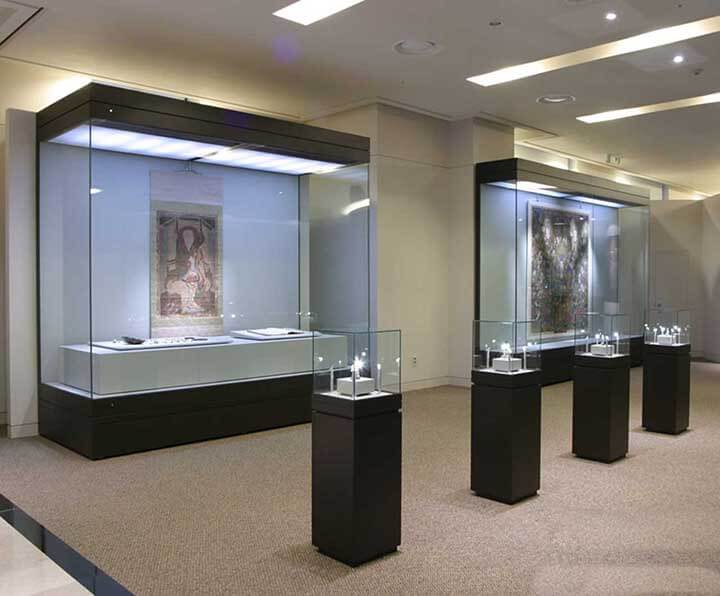 museum wall display ideas