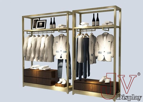 retail clothing display ideas