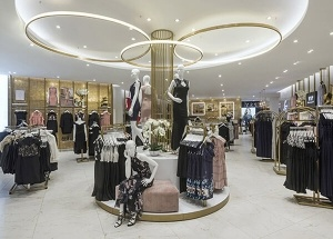 High Quality Decorating Ideas For Clothing Boutique Decorating Ideas