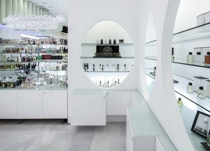 perfume shop fittings