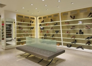 shoe store display ideas