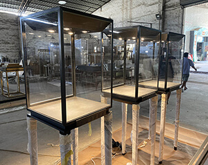 Steel jewelry showcase and pedestal cases
