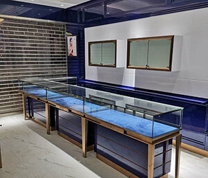 On-site installation for jewelry store in China